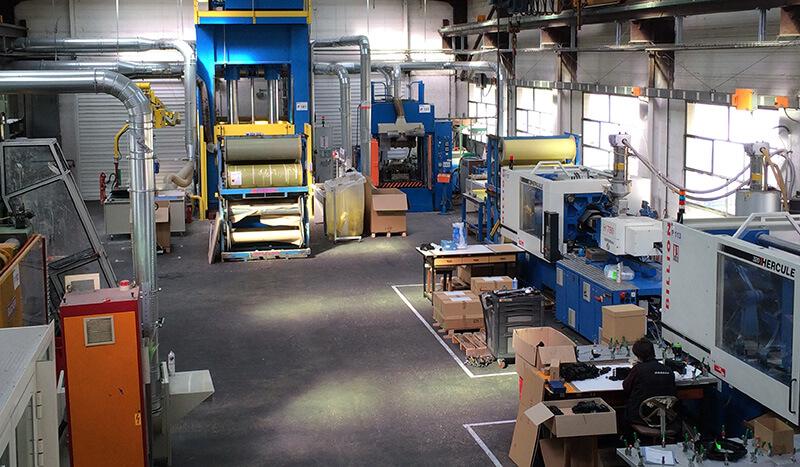 Reffay sas, Entreprise de plasturgie et entreprise de fabrication de plastique